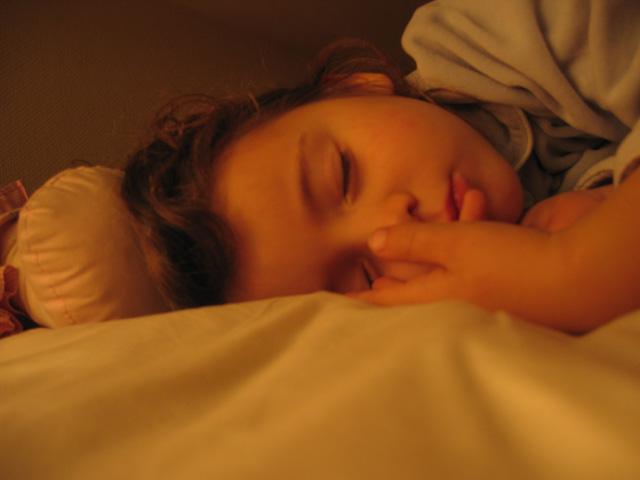 Zelie slaapt